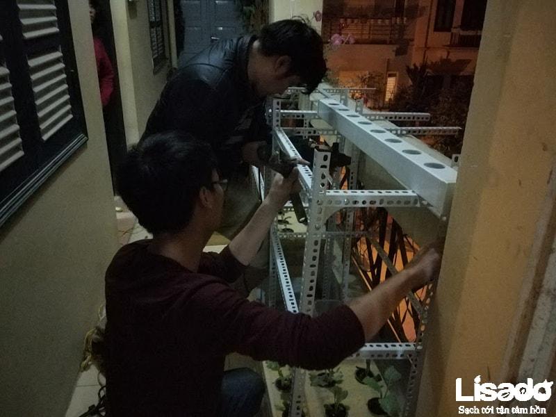 Công trình được thực hiện với các thiết bị trồng rau thủy canh tiên tiến