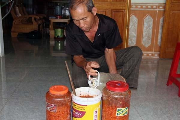 Tự chế thuốc trừ sâu thảo mộc khi trồng rau thủy canh