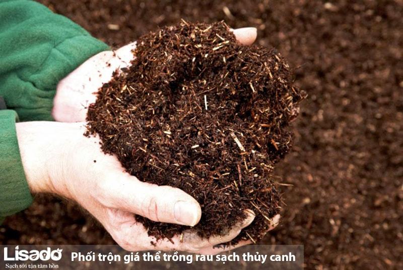 Phối trộn giá thể trồng rau sạch thủy canh