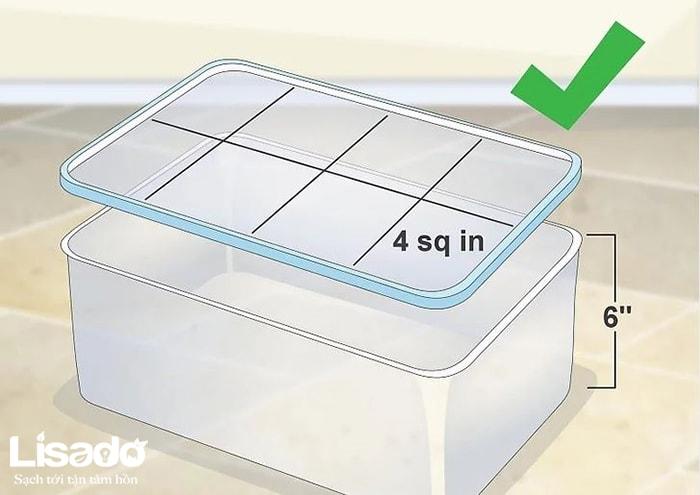 Hãy mua một chiếc hộp nhựa có nắp cân xứng