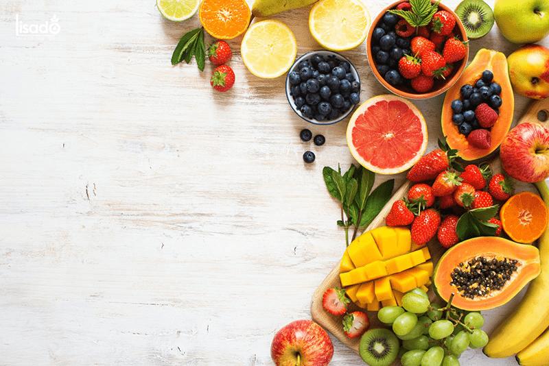Bổ sung các thực phẩm giàu chất chống oxy hóa vào thực đơn hàng ngày là cách đơn giản giúp bạn ngăn ngừa và đối phó với bệnh ung thư